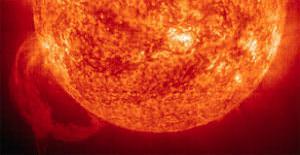 400 Chernobyls, the Sun and Nuclear Armageddon